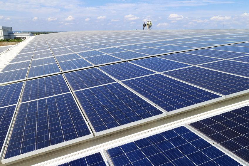 Développement de produits pour la fixation des panneaux solaires en toiture