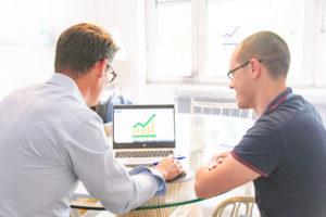 Travailler avec Violet Conseil et Developpement pour le développement commercial
